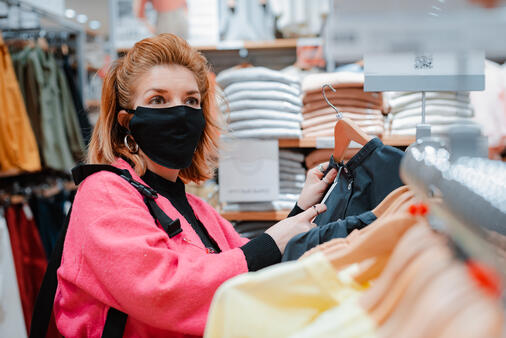 Shopping safely wearing a mask